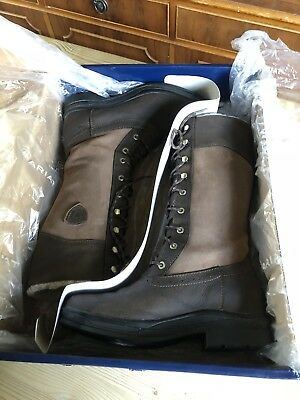 c32fa0d3459 ARIAT WYTHBURN H20 Insulated Boots - Size 4.5. Cost £180.