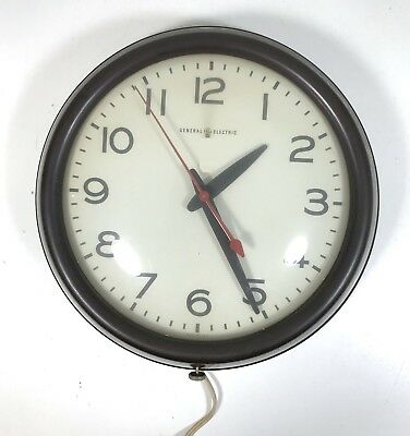 Vintage GE - General Electric School Industrial Shop Wall Clock - Made in USA