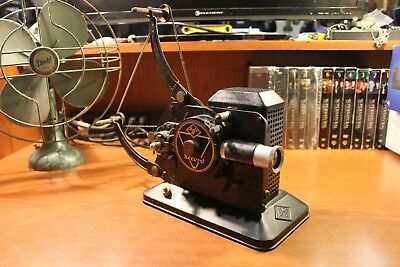 Antique 1938 AGFA 16MM Record R5771 Reel-To-Reel Film Projector / STILL WORKS