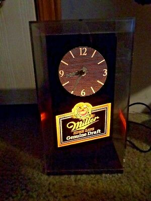 Vintage Working Miller Beer High Life Genuine Draft Clock