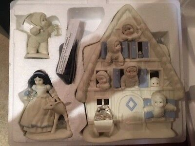 "Snowbabies ""SNOW WHITE AND THE SEVEN Snowbabies Dept 56 2002 Guest Collection"