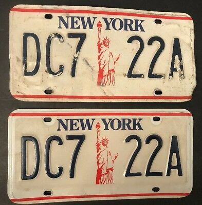 New York License Plates Pair NYC Liberty 1986-2000 Red White Blue DC7 22A