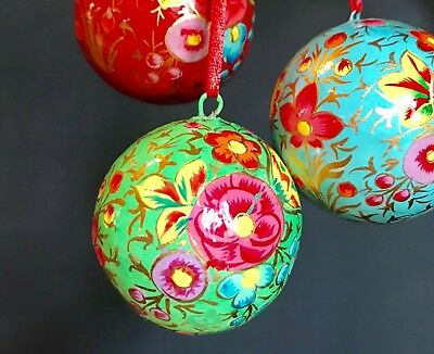 1 Gold Black Painted Floral Xmas Bauble 6cm Indian Paper Papier Mache