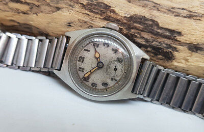 Vintage Invar Military Ww2 Silver Dial Sub Second Manual Wind Watch