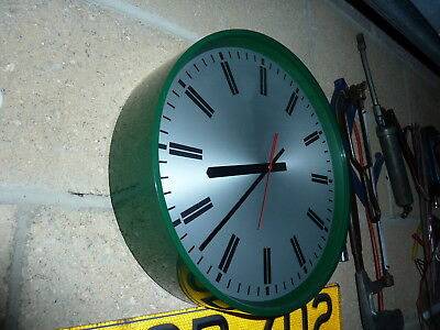 Smiths Large Vintage  Wall Clock  In Dark Green / Superb Condition & Timekeeper