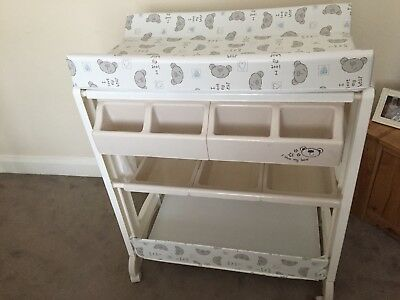 Baby Changing Stand With Built In Bath