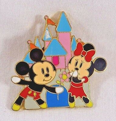 Disney Trading pin Mickey Mouse Minnie castle