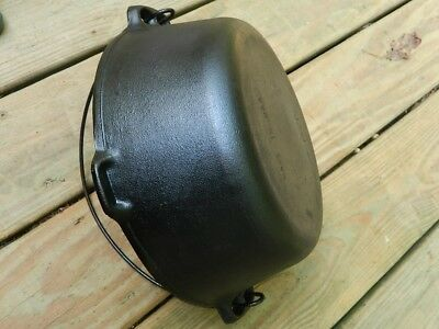 """Vintage Cast Iron Dutch Oven No. 8 """"made In Usa""""  Bail Handle No Lid Nice"""