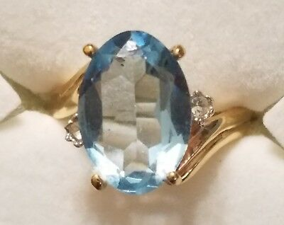 ELEGANT 18kt Gold Plated Ring w/a LARGE Blue Aquamarine Stone at center SZ 9