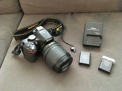 Nikon D5200 SLR 24.1MP + AF-S DX 18-105 mm + WLAN-Adapter WU-1a + 2 Akkus