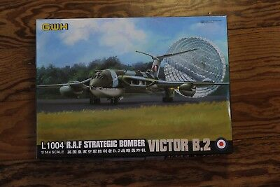 VICTOR B.2 - Bomber  1/144  Great Wall