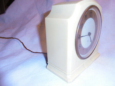 Vintage 'Smiths Sectric' Electrical Bakelite Clock