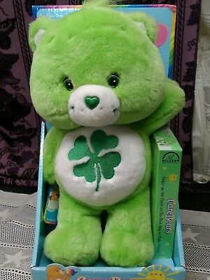 """Vintage GREEN LUCKY CAREBEAR  With VHS Tape 13"""" Toy Plush Gift 2003 NEW"""