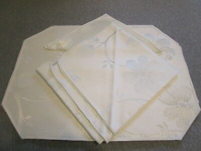 Set of 4 Table Napkin & Reversible Placemats Ivory Damask Design Table Linens