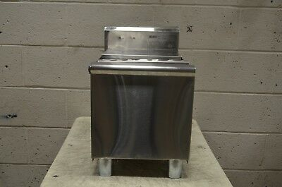 """Eagle Group B12IC-18 1800 Series 12"""" Ice Chest - 25 lb. Capacity"""