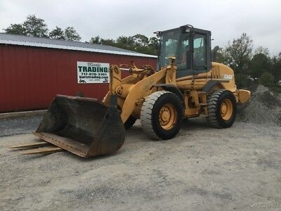 2002 Case 521D Wheel Loader w/ Cab Bucket & Forks