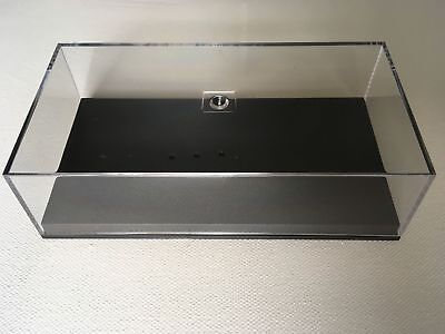 New Perspex Display Case & Plinth (For New Style Minichamps F1 models from 2010)