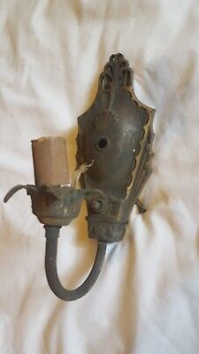 ANTIQUE Vintage CAST BRASS SCONCE ELECTRIC WALL LAMP Light Socket FLOWER DESIGN