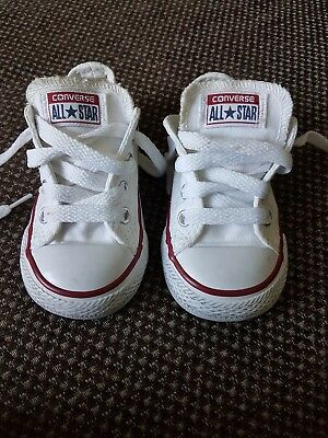 Boys/ Girls/ Kids White Infant Converse trainers/ shoes - Size 5 Eur 21