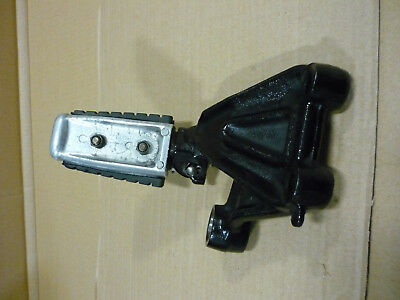 Yamaha VMX 1200 VMax Front right footrest ass'y