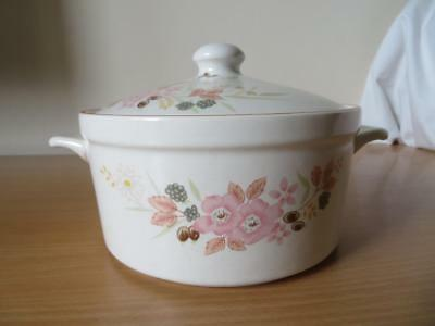 BOOTS HEDGE ROSE OVEN TO TABLEWARE 2½Pint CASSEROLE DISH V.G.COND