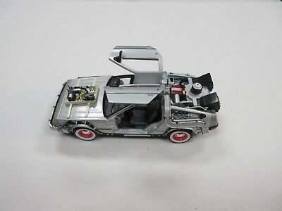 Welly Back To The Future Part 3 Delorean Time Machine 1/24 Scale Car Die-Cast