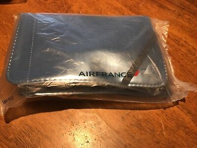 AIR FRANCE - PREMIUM ECONOMY CLASS Amenity Kit - Metallic BLUE