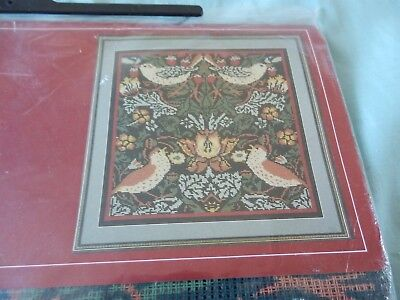 "Twilleys  Wiliam Morris 'Strawberry Thief' Tapestry Kit  13"" x13"" NEW Fabulous"