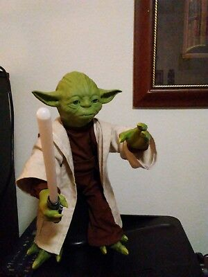"Spin Master 16""in Interactive Talking Moving Legendary Yoda 2015"