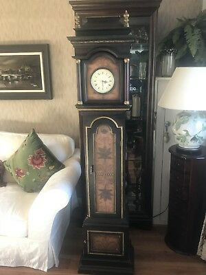 Grandfather Clock Good Condition !!