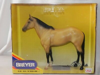 New NIB Breyer 490 Bolya The Freedom Horse w/ Hang Tag Semigloss Golden Buckskin