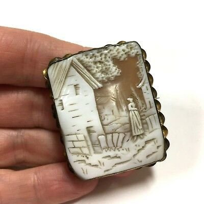 UNIQUEo Square Outdoor Farm Scene Large Genuine Carved CAMEO Brooch Brass SL250k