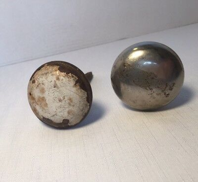 Vintage Estate Set Of 2 Antique DOOR KNOBS Rusty Farmhouse Shabby Chic repurpose
