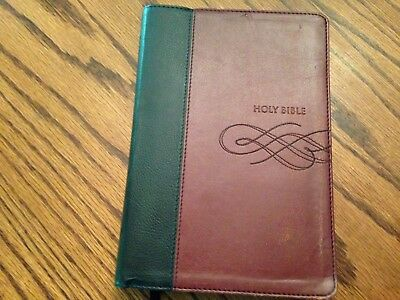 HOLY BIBLE NKJV, faux leather, Giant Print Ed , words of Christ red, tabs,  SALE
