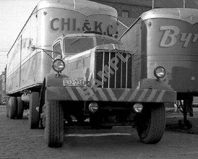 "1940's Mack? Truck and Fruehauf Trailer Semi Rig 8""x 10"" Photo 35"