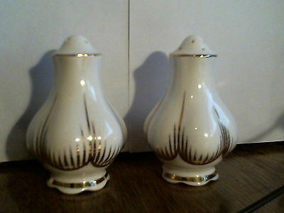 Vintage Small Mushroom Or Garlic Bulbs Shaped Porcelain Salt And Pepper Shakers
