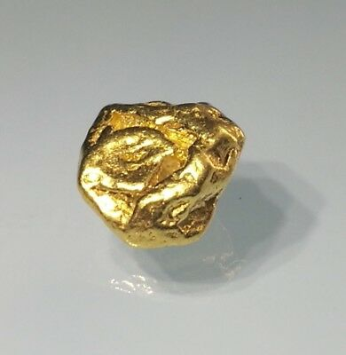 Crystalline GOLD NUGGET OCTAHEDRAL RARE Crystalized ALASKA - HIGH END - 1.39g