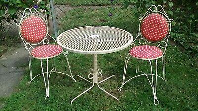 Vtg Mid Century Wrought Iron French Bistro 3 Pc Patio Dinette Set Table 2 Chairs