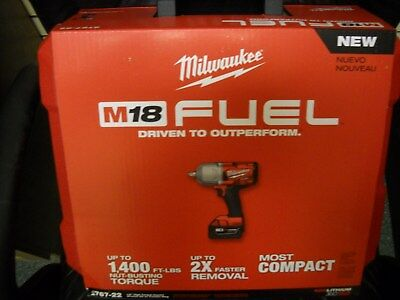 """Milwaukee 2767-22 M18 FUEL High Torque 1/2"""" Impact Wrench 1400 FT/LBS Friction"""