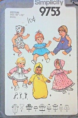 "Simplicity Pattern #9753 for Medium 15"" Baby Doll Clothes ©1980 Complete"