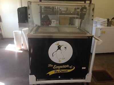 Cardinal Cold Plate Ice Cream Scoop Cart w/Attachments