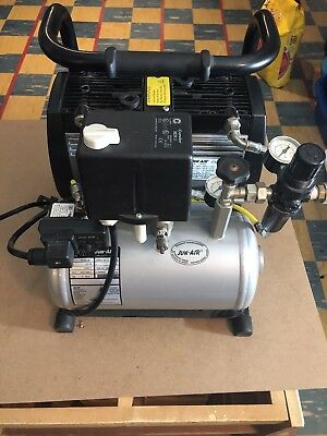 Jun Air Compressor / 240V