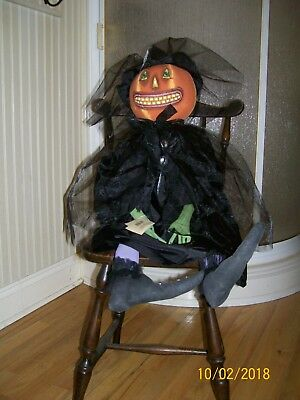 "NWT Joe Spencer Gathered Traditions "" Hattie "" Halloween Witch"