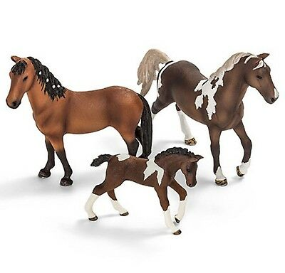 Schleich Farm Life Horses - TRAKEHNER HORSE FAMILY - New with Tags - 3 FIGURES