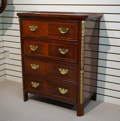 Beautiful Mahogany chest of 4 drawers Dresser with Brass Hardware