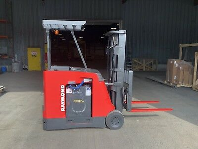 2004 Raymond Pacer Electric Forklift Model R40 4000LB Capacity