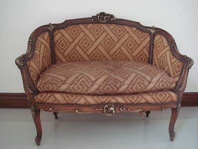 Louis XV Style Settee Early1900's, made of Walnut, Horse Hair & Springs.