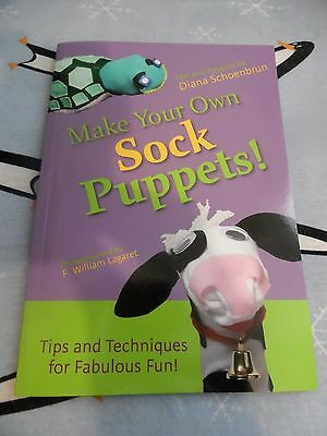NEW Childrens Make Your Own Sock Puppets! Book by DianaSchoenbrun,Crafts,NEW