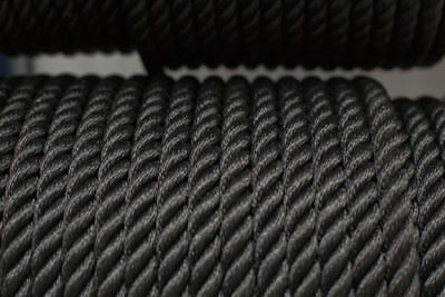 Nylon 3 Strand Twisted Rope 16mm x 100m Black