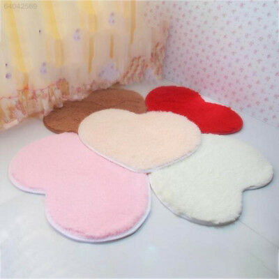 DD64 Bedroom Door Heart-Shaped Carpet Floor Mat Plush Cushion Pad Shaggy Rug